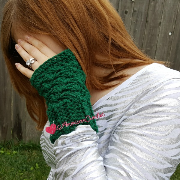 Thermal Fingerless Gloves free crochet pattern